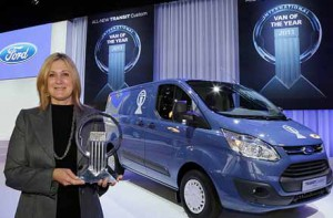 Barb Samardzich, Vice-President Ford of Europe with trophy VAN OF THE YEAR for Ford Transit Custom