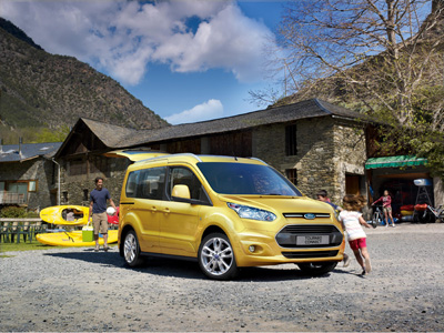 New Tourneo Connect revitalises Ford passenger-carrying vehicle line-up