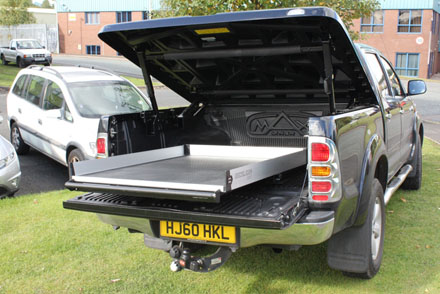 An easy new way to get into bed from Auto Styling Truckman