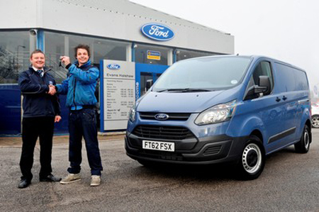 Window cleaning company takes a shine to new Ford Transit Custom