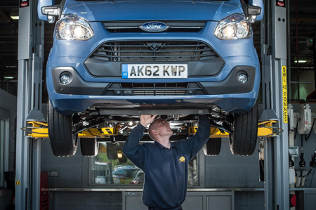 Ford offers customers time- and money-saving servicing plan