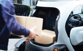 Renault Twizy Cargo loading