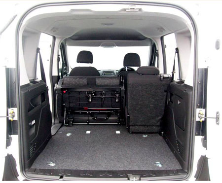 New Vauxhall Combo Crew Van offers flexibility for load and workers