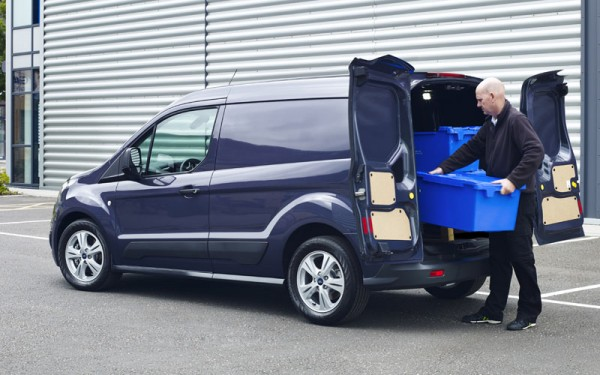 Ford Transit Connect van review_loading