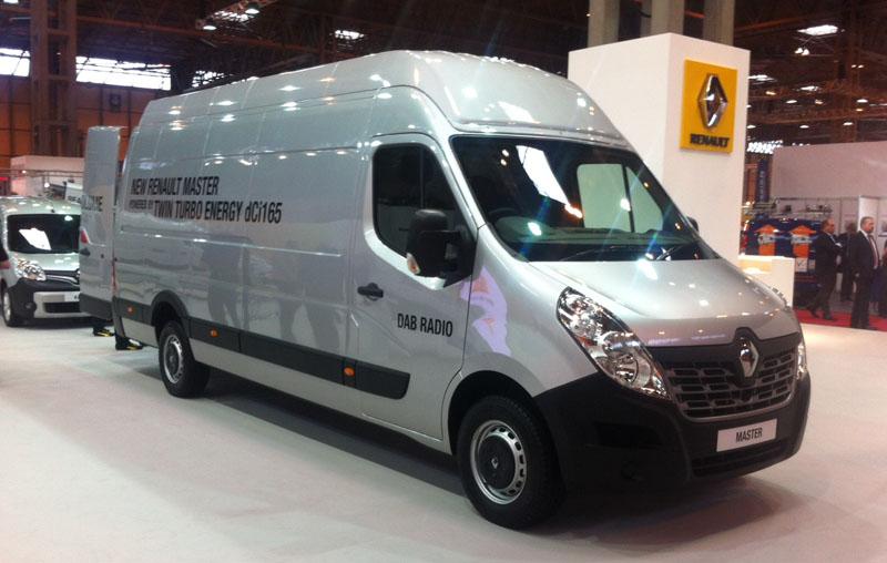 revised renault master launched at cv show business vans. Black Bedroom Furniture Sets. Home Design Ideas
