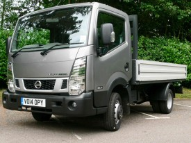 Nissan, Cabstar, front