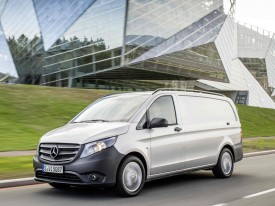 mercedes, vito, moving
