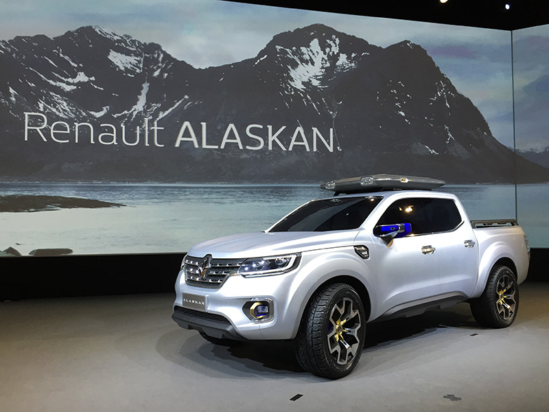 renault previews new pick up with the alaskan concept business vans. Black Bedroom Furniture Sets. Home Design Ideas
