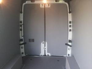 Polycarbon lining for doors and sides plus wheel arch boxes