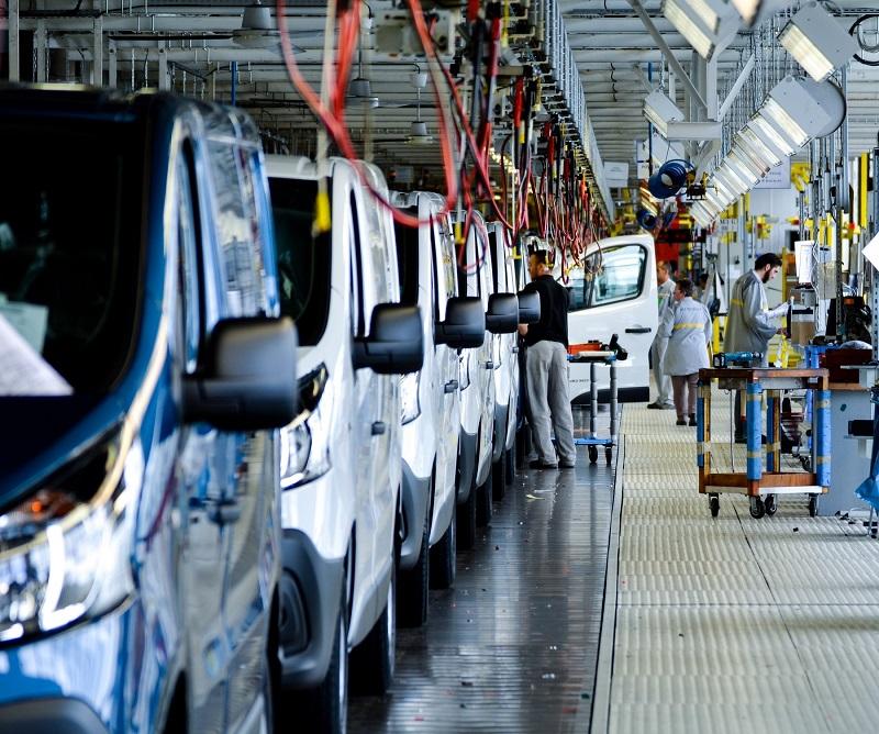Nissan NV300 production Renault Sandouville plant