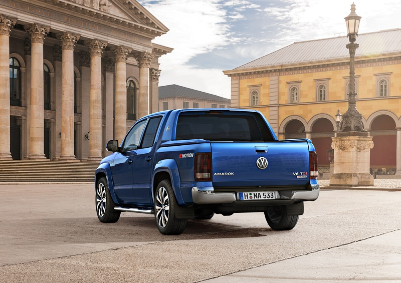 The new Amarok 3.0 TDI V6 can carry more than a tonne on its loadbed and tow 3.5 tonnes