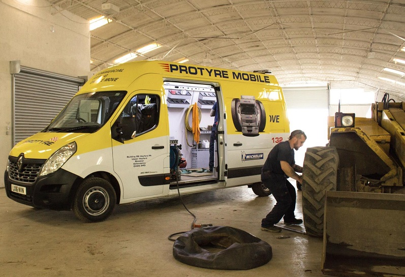 Renault Master tyre-fitting in the field after Micheldever Tyres buys 100 Renault Master vans