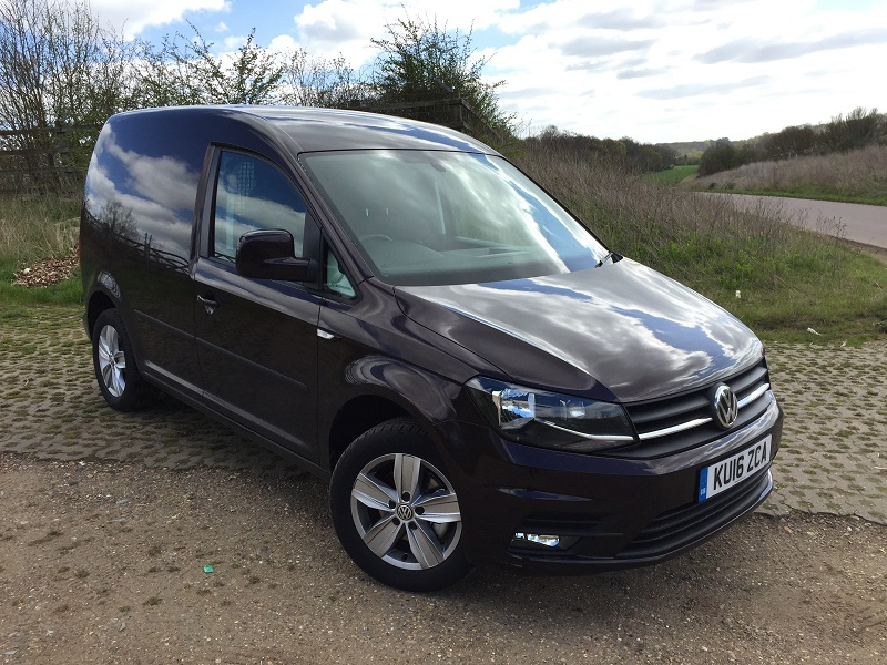 Volkswagen Caddy Highline EU6 1.4 TSI 125PS six-speed manual