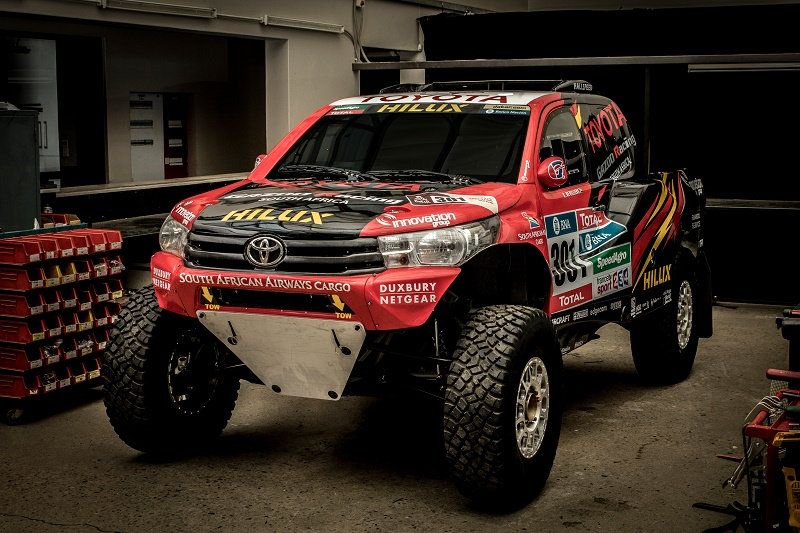 Radical Hilux 2WD Dakar challenger