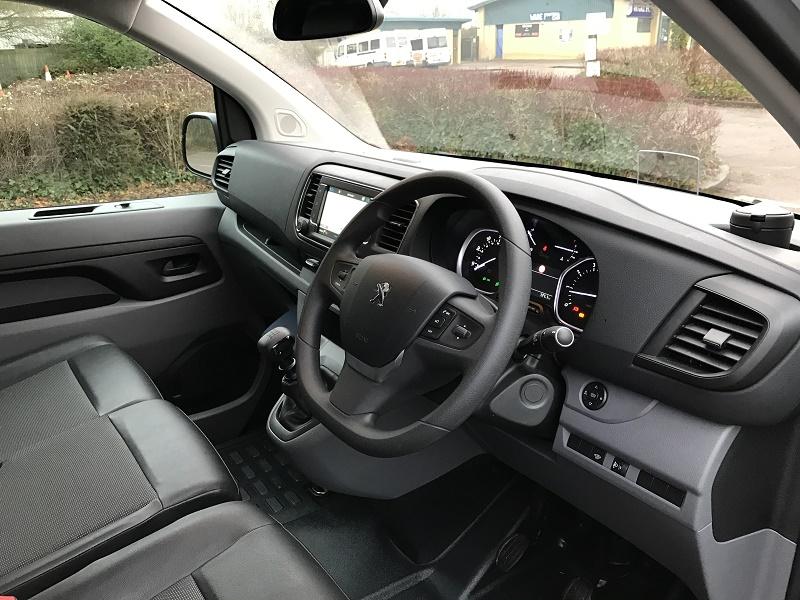 Ford Transit Lease All-new Peugeot Expert van | Business Vans