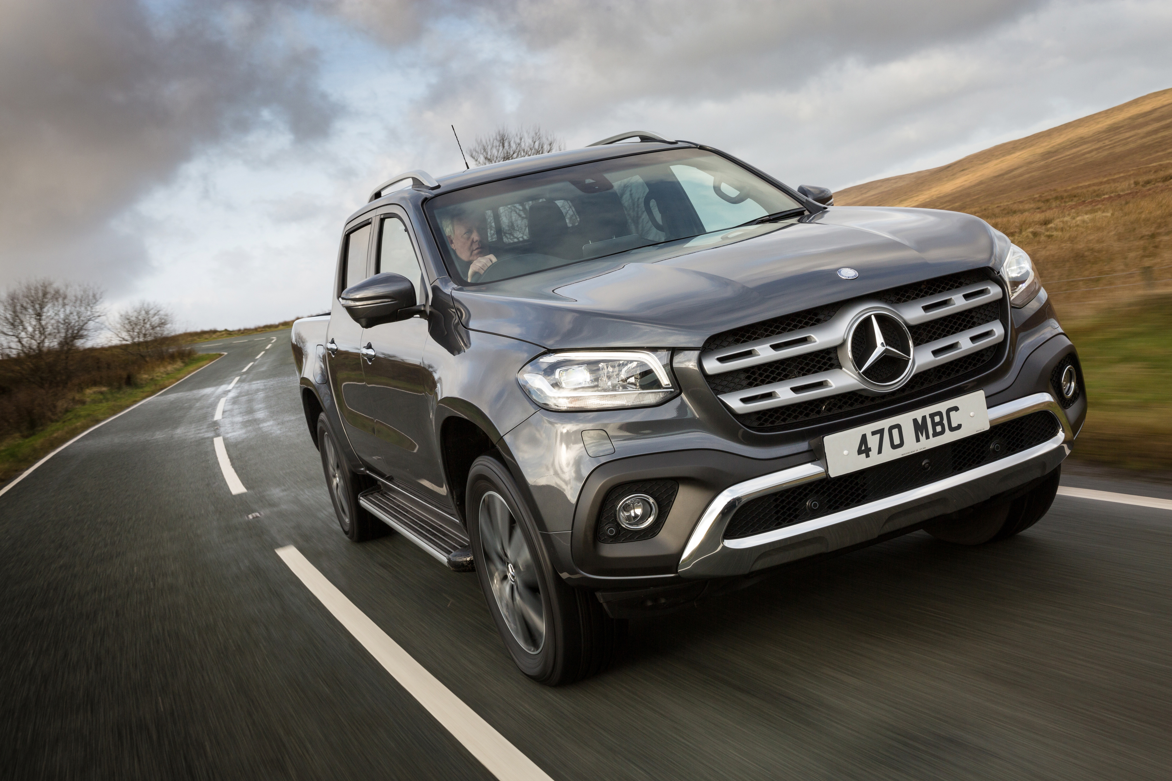 new mercedes x class defines premium pickup business vans. Black Bedroom Furniture Sets. Home Design Ideas