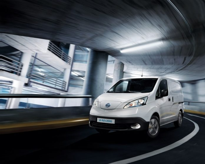 The new electric Nissan e-NV200 will be at the CV Show – this is the Evalia 7-seater version