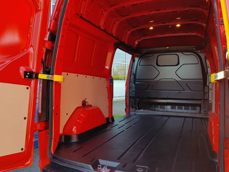 Ford Transit Custom Trend load area