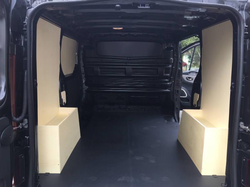 Renault Trafic load area
