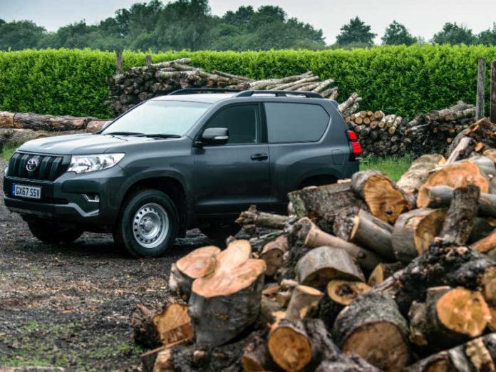 Toyota Land Cruiser Utility Commercial SWB