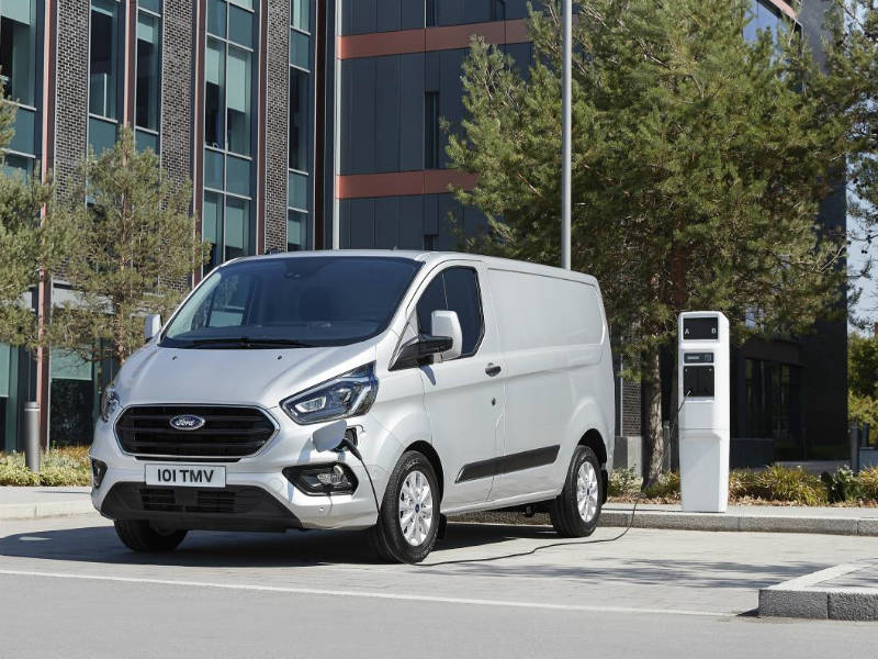 ford transit custom phev confirmed for 2019 production. Black Bedroom Furniture Sets. Home Design Ideas
